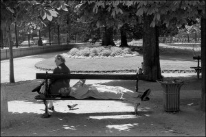 Square des Batignolles Black and white photograph