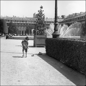 Jardin du Palais Royal Balck and white photograph