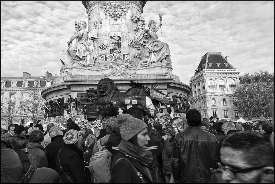 paris_hommage_aux_victimes-2